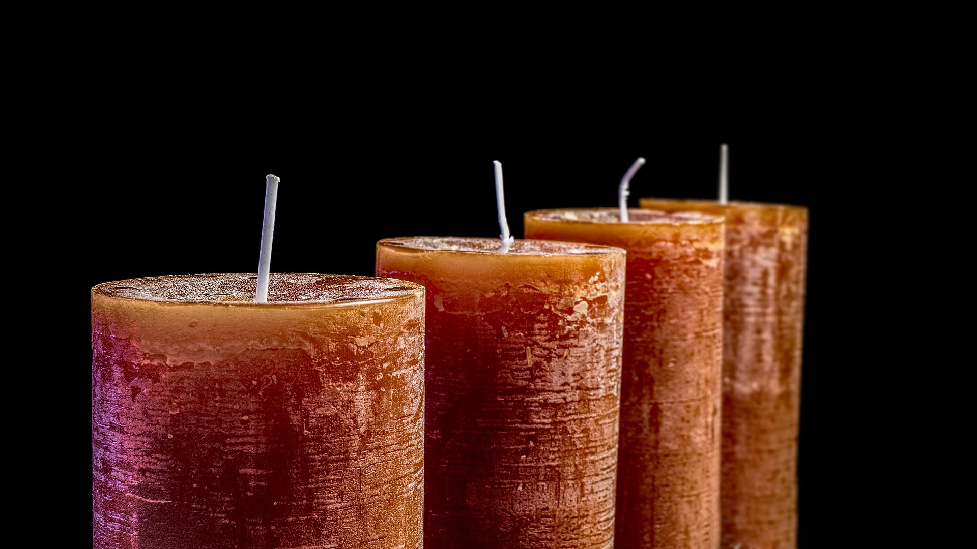 candles-2993936_1920.jpg